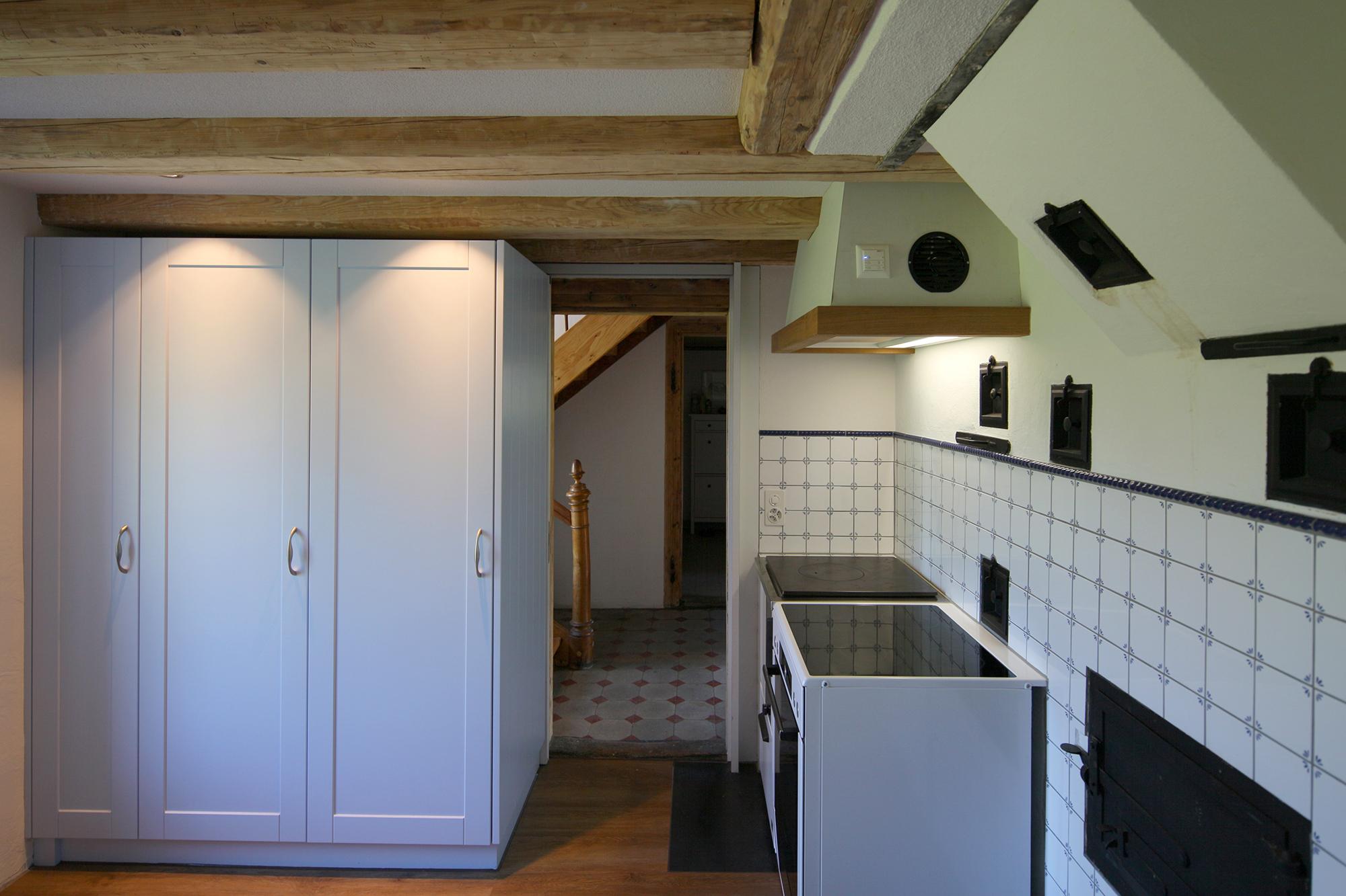 umbau bauernhaus schlad r ti. Black Bedroom Furniture Sets. Home Design Ideas